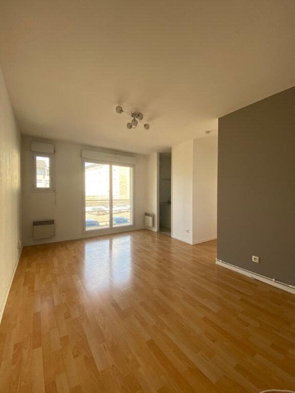Appartement à louer 2 39.1m2 à Tours vignette-3