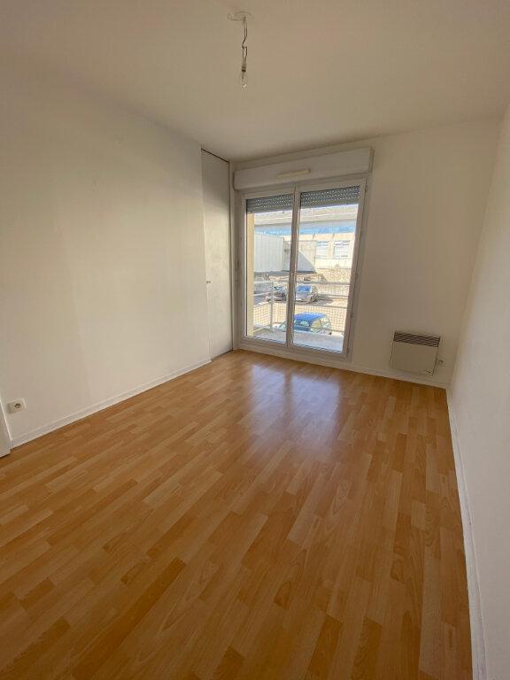 Appartement à louer 2 39.1m2 à Tours vignette-6