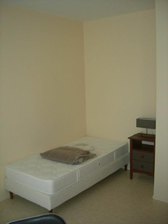 Appartement à louer 1 15.75m2 à Tours vignette-3