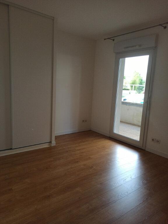 Appartement à louer 2 56.1m2 à Tours vignette-4