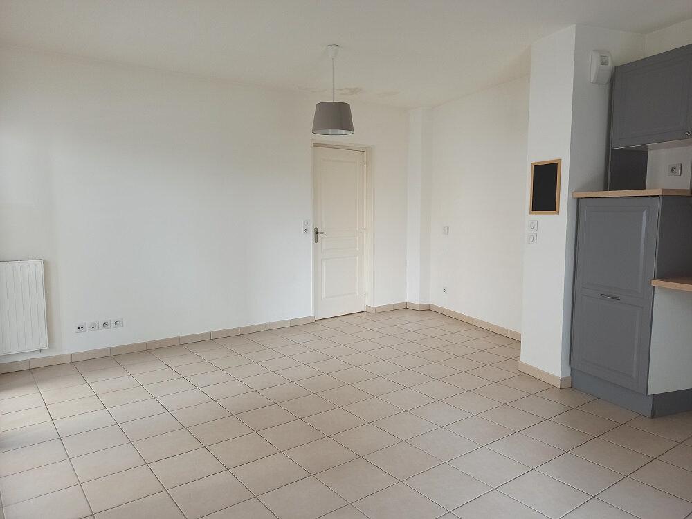 Appartement à louer 2 56.1m2 à Tours vignette-6