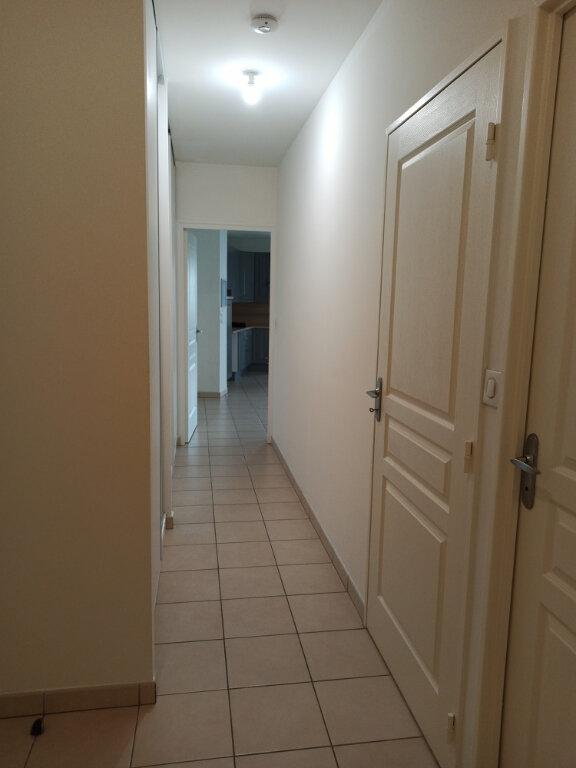 Appartement à louer 2 56.1m2 à Tours vignette-8