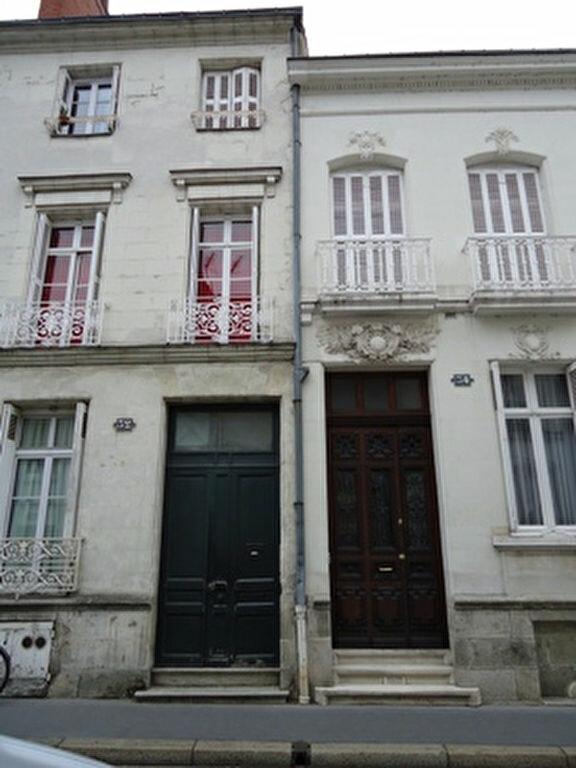 Appartement à louer 1 18.3m2 à Tours vignette-1