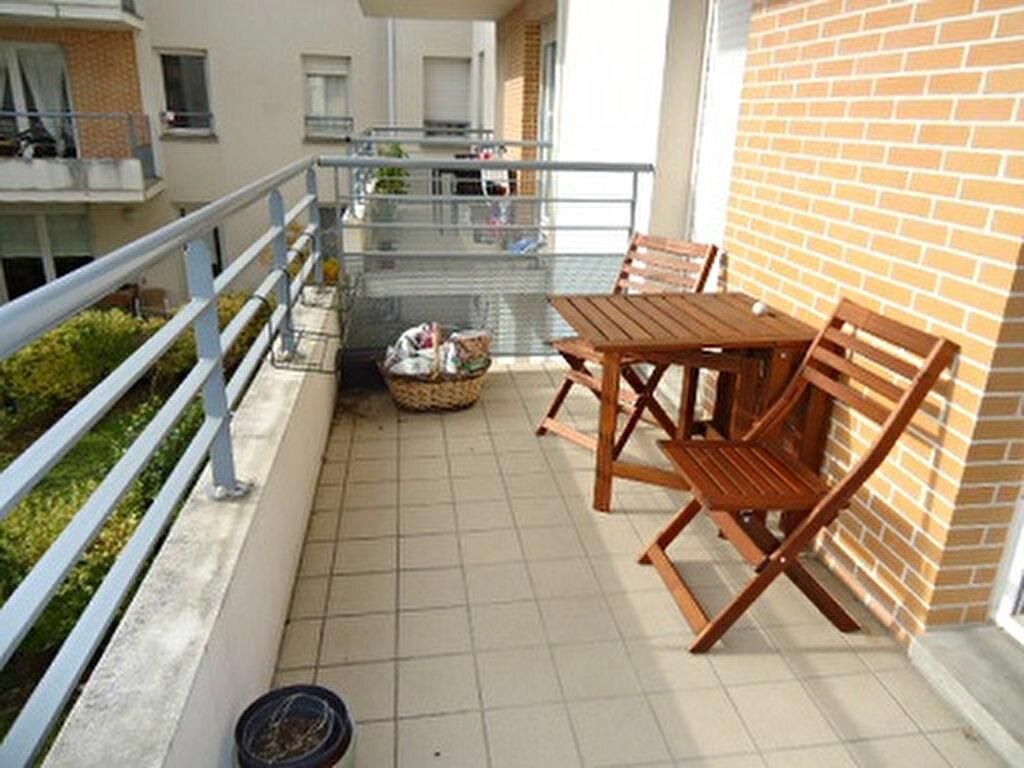 Appartement à louer 4 82.01m2 à Tours vignette-4