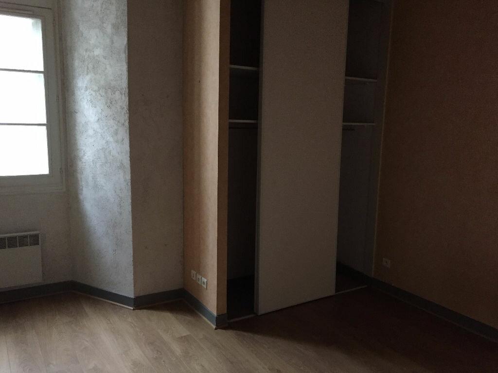 Appartement à louer 2 53.6m2 à Tours vignette-5