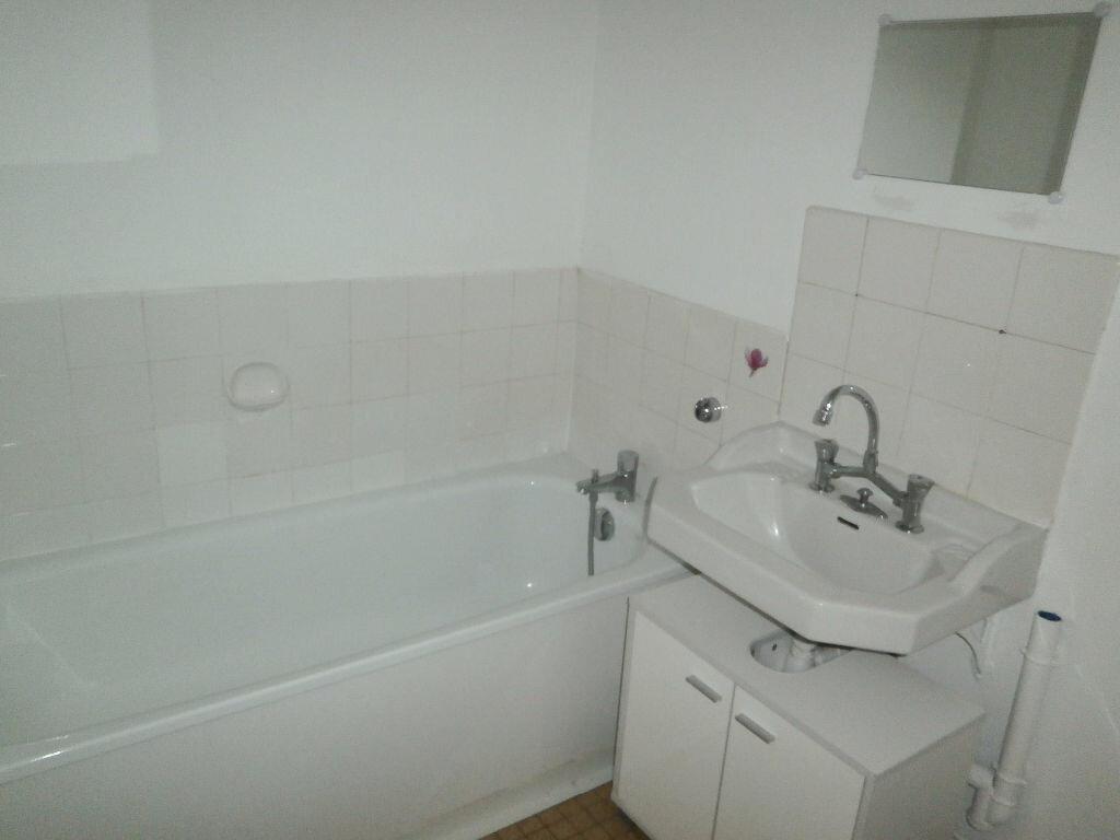 Appartement à louer 1 40.7m2 à Tours vignette-9