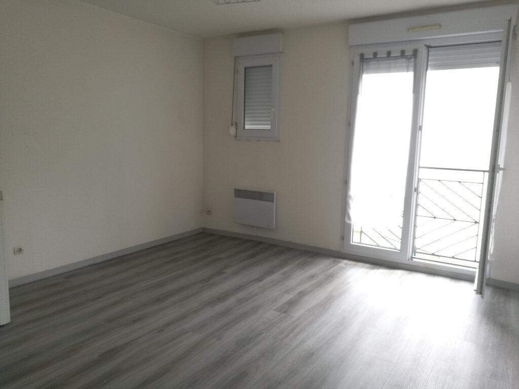 Appartement à louer 1 22.22m2 à Tours vignette-1