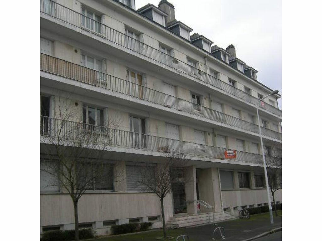 Appartement à louer 1 11.52m2 à Tours vignette-1