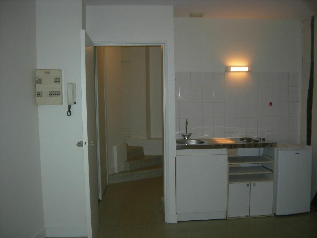 Appartement à louer 1 21.22m2 à Tours vignette-4
