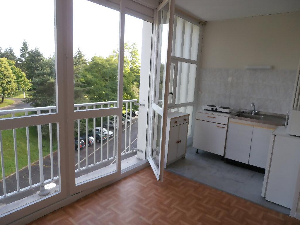 Appartement à louer 1 22.6m2 à Tours vignette-2