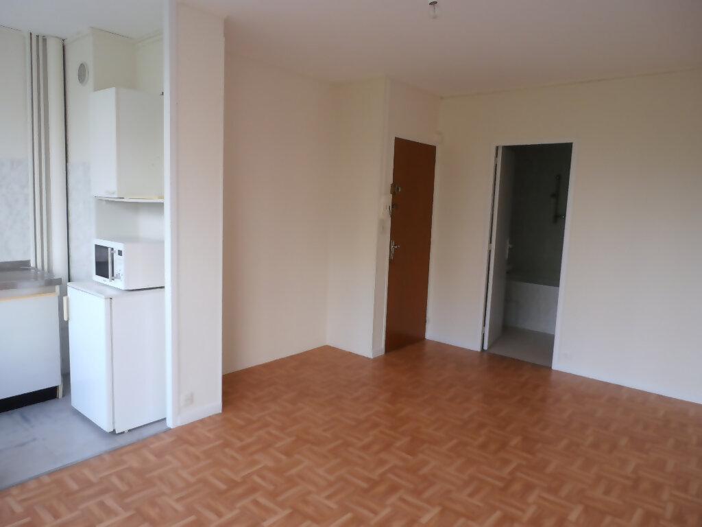 Appartement à louer 1 22.6m2 à Tours vignette-4