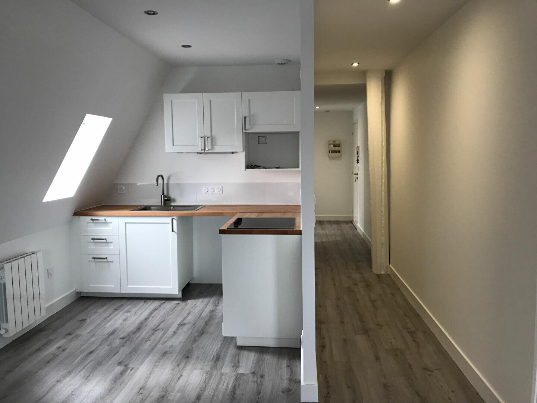 Appartement à louer 3 59.78m2 à Tours vignette-4