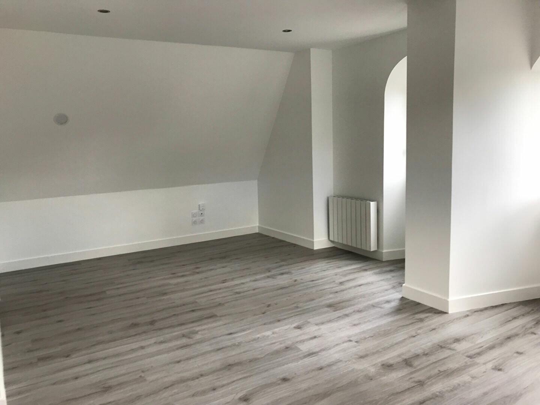 Appartement à louer 3 59.78m2 à Tours vignette-5