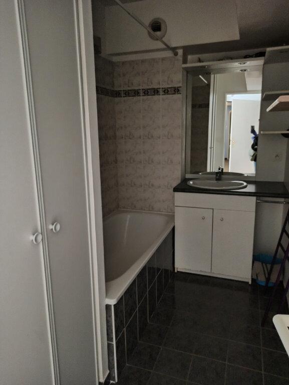 Appartement à louer 1 33.8m2 à Tours vignette-5