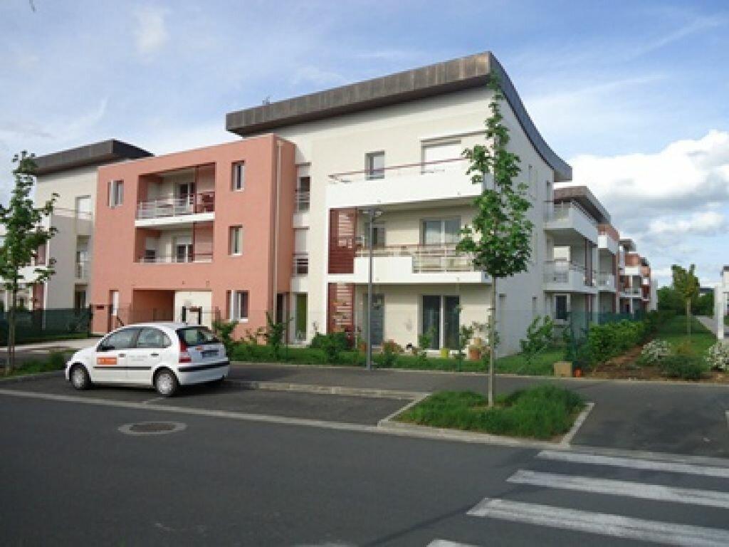 Appartement à louer 3 71.66m2 à Saint-Avertin vignette-2