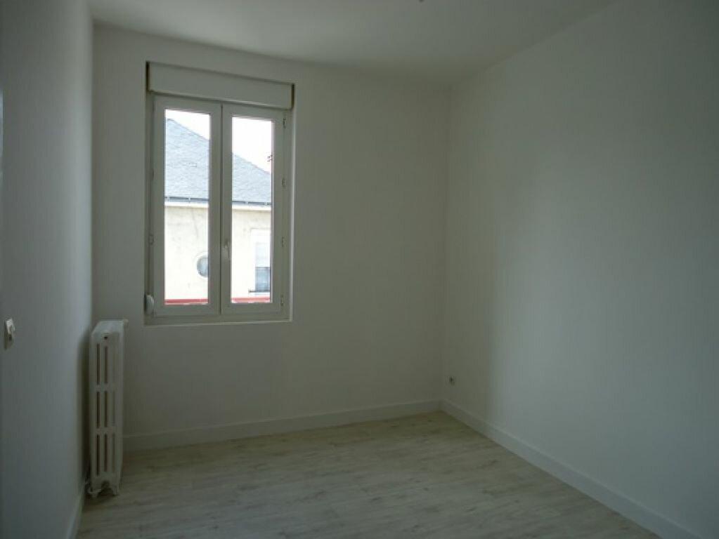 Appartement à louer 3 61.83m2 à Tours vignette-11