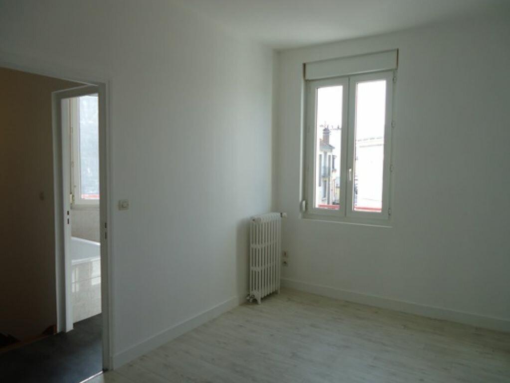 Appartement à louer 3 61.83m2 à Tours vignette-12