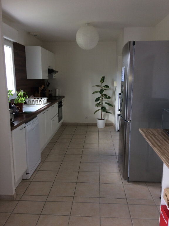 Maison à louer 7 110.73m2 à Saint-Avertin vignette-3