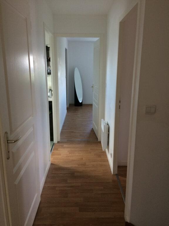 Maison à louer 7 110.73m2 à Saint-Avertin vignette-4