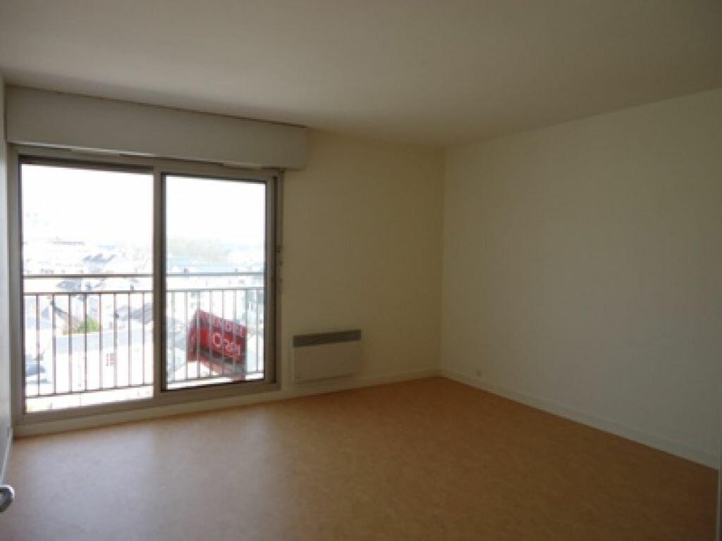 Appartement à louer 1 28.25m2 à La Riche vignette-1