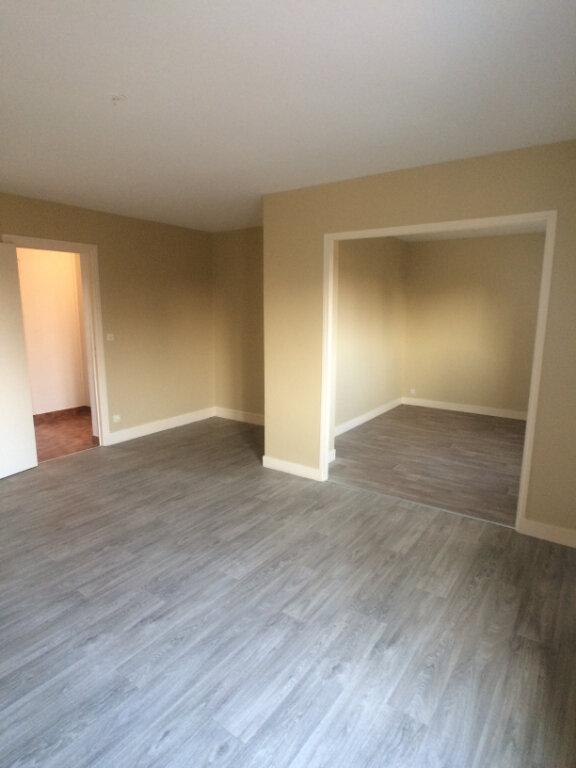 Appartement à louer 2 58.51m2 à Tours vignette-1