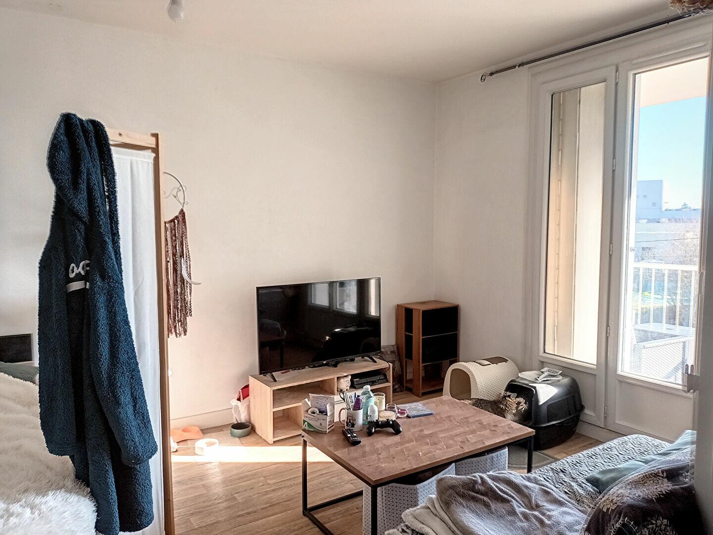 Appartement à louer 1 36.62m2 à Joué-lès-Tours vignette-2