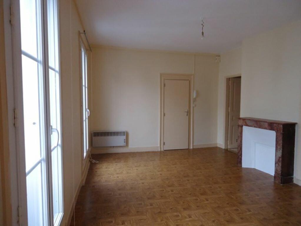 Appartement à louer 2 35.28m2 à Tours vignette-2