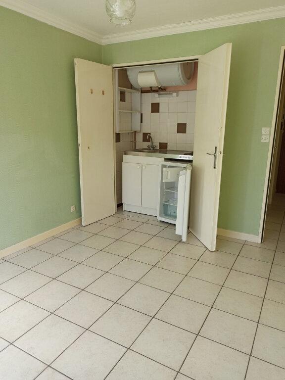 Appartement à louer 1 18.86m2 à Tours vignette-3