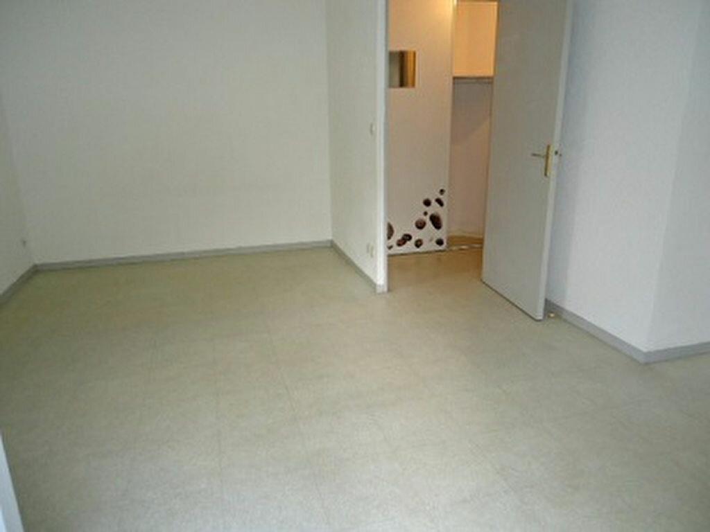 Appartement à louer 1 24.34m2 à Tours vignette-6