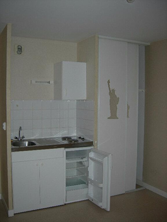 Appartement à louer 1 19.52m2 à Tours vignette-2