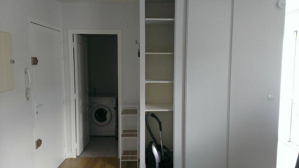Appartement à louer 1 26.45m2 à Saint-Avertin vignette-3