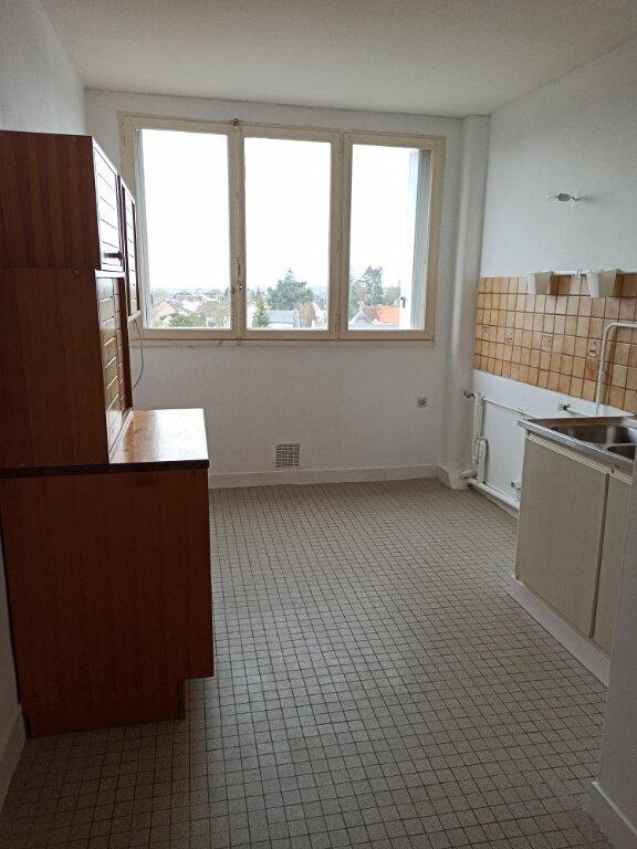 Appartement à louer 3 69.69m2 à Saint-Cyr-sur-Loire vignette-4