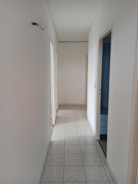 Appartement à louer 3 69.69m2 à Saint-Cyr-sur-Loire vignette-5