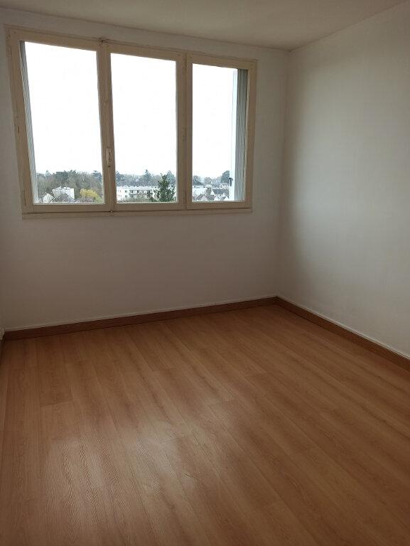 Appartement à louer 3 69.69m2 à Saint-Cyr-sur-Loire vignette-6