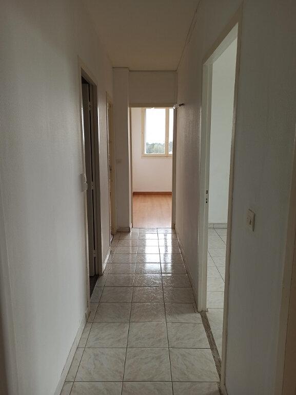 Appartement à louer 3 69.69m2 à Saint-Cyr-sur-Loire vignette-9
