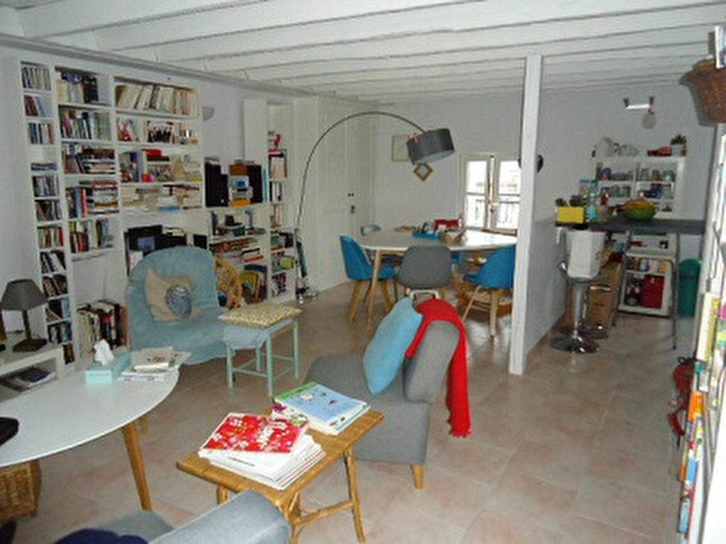 Appartement à louer 3 66.34m2 à Tours vignette-2