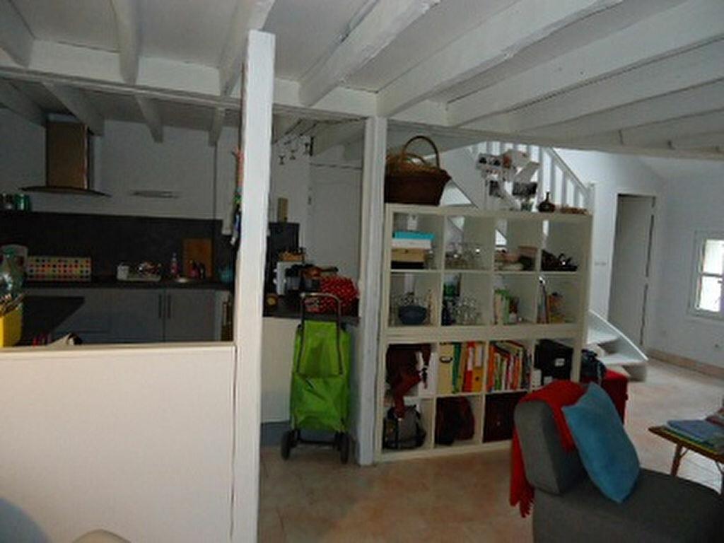 Appartement à louer 3 66.34m2 à Tours vignette-5