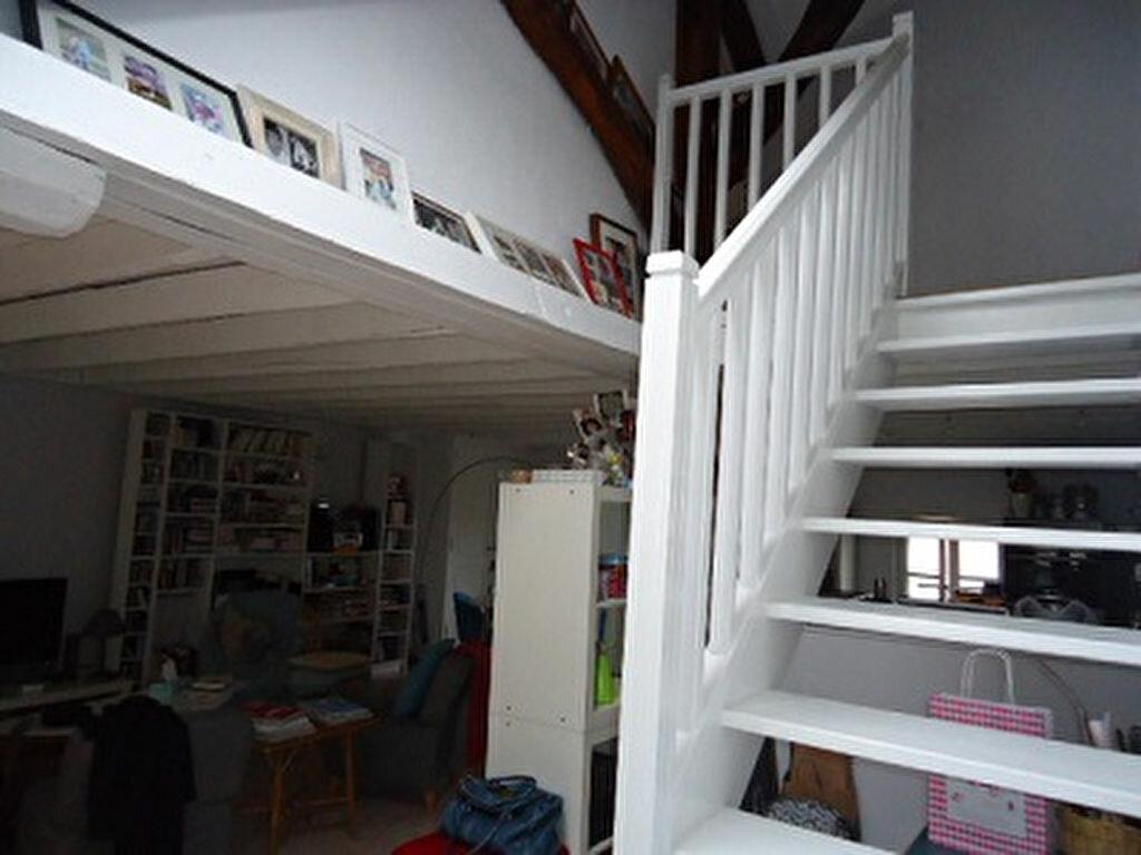 Appartement à louer 3 66.34m2 à Tours vignette-9