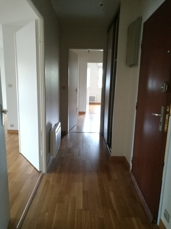 Appartement à louer 4 86.02m2 à Tours vignette-4