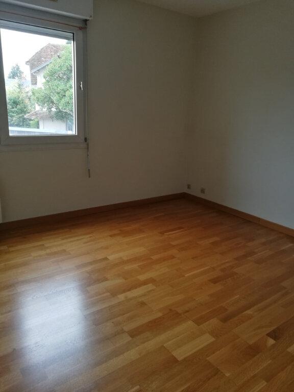 Appartement à louer 4 86.02m2 à Tours vignette-5