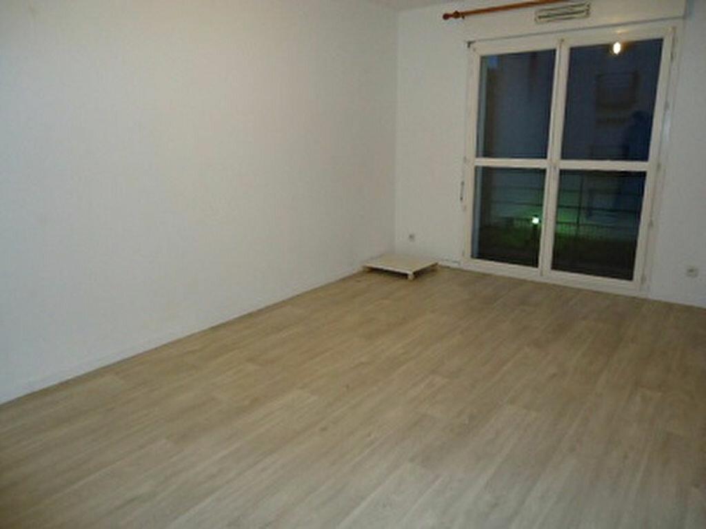 Appartement à louer 2 38.91m2 à Tours vignette-4