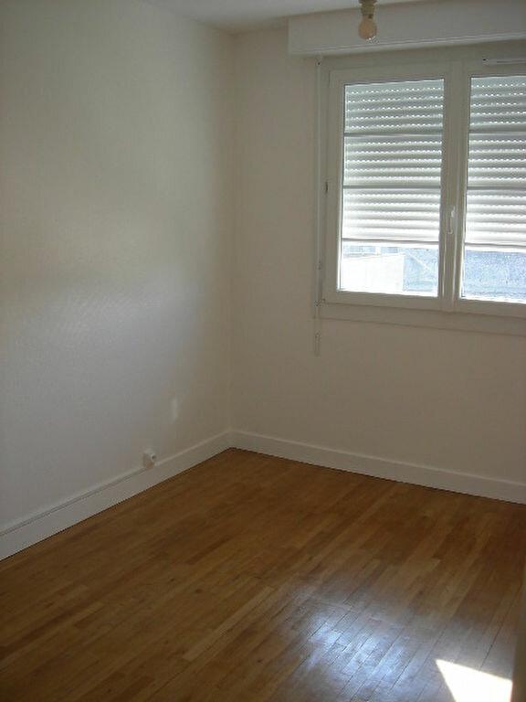 Appartement à louer 2 38.4m2 à Tours vignette-7