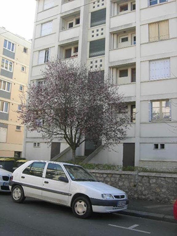 Appartement à louer 2 38.4m2 à Tours vignette-8
