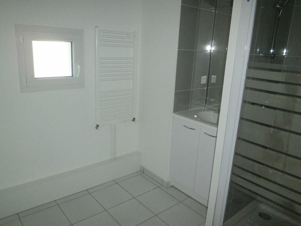 Appartement à louer 2 44.8m2 à Tours vignette-5