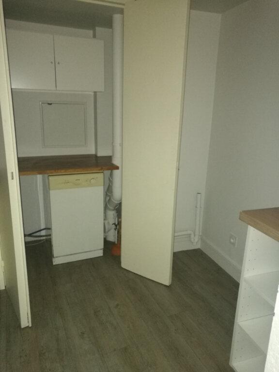 Appartement à louer 3 86.74m2 à Tours vignette-6