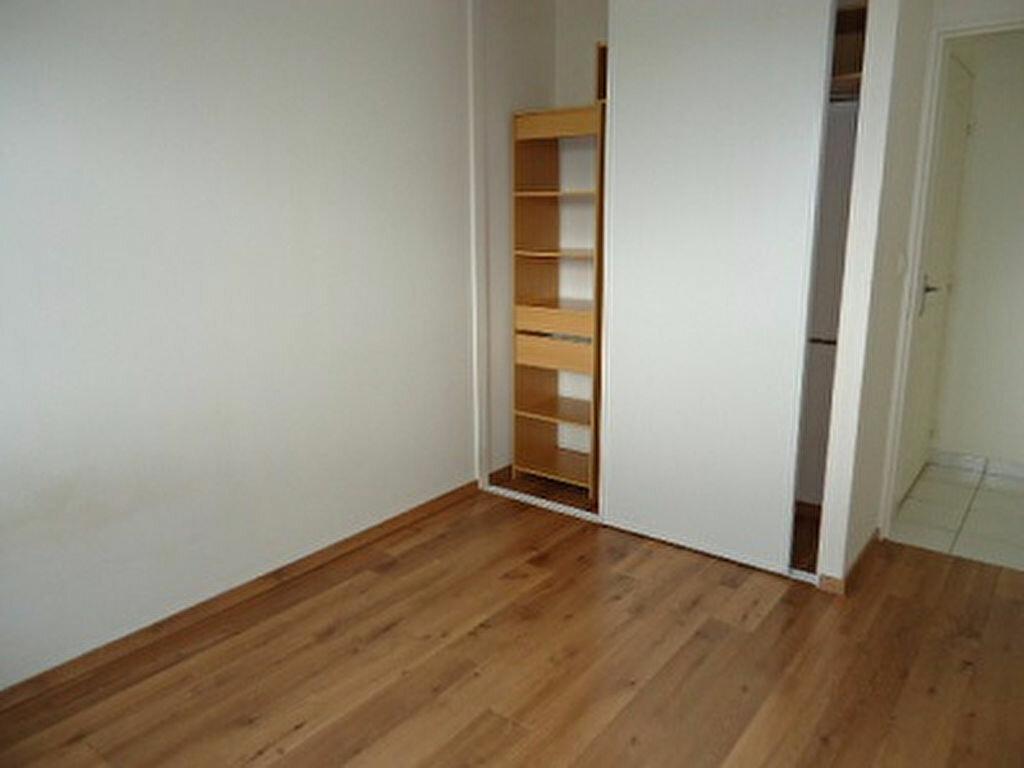 Appartement à louer 2 43.42m2 à Tours vignette-7