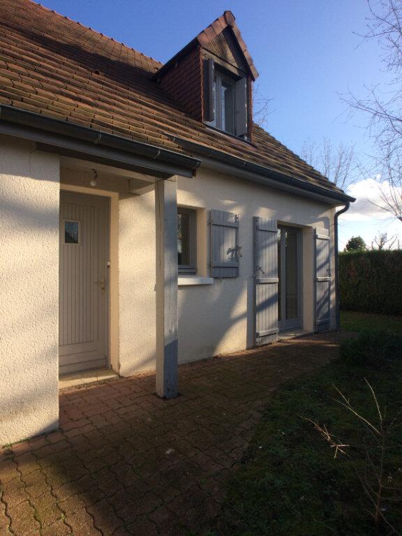Maison à louer 7 110m2 à Chambray-lès-Tours vignette-1