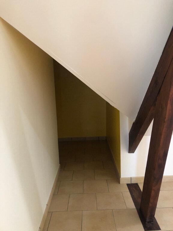 Maison à louer 3 89.61m2 à Charentilly vignette-8