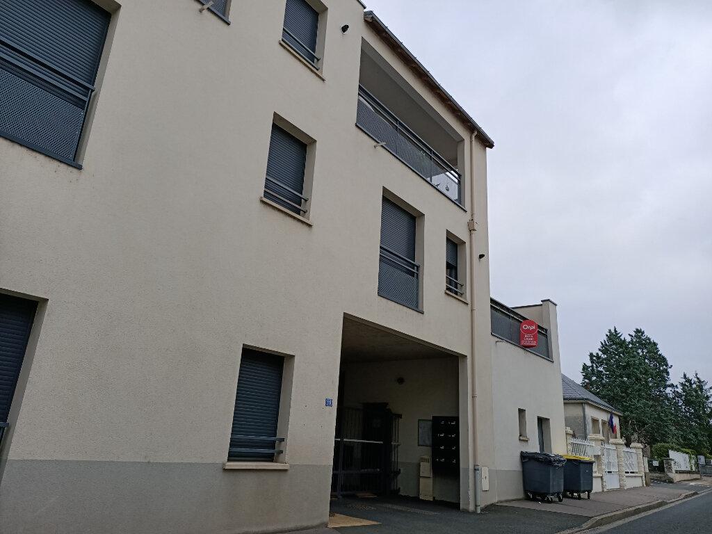Appartement à louer 2 44.3m2 à Montlouis-sur-Loire vignette-1
