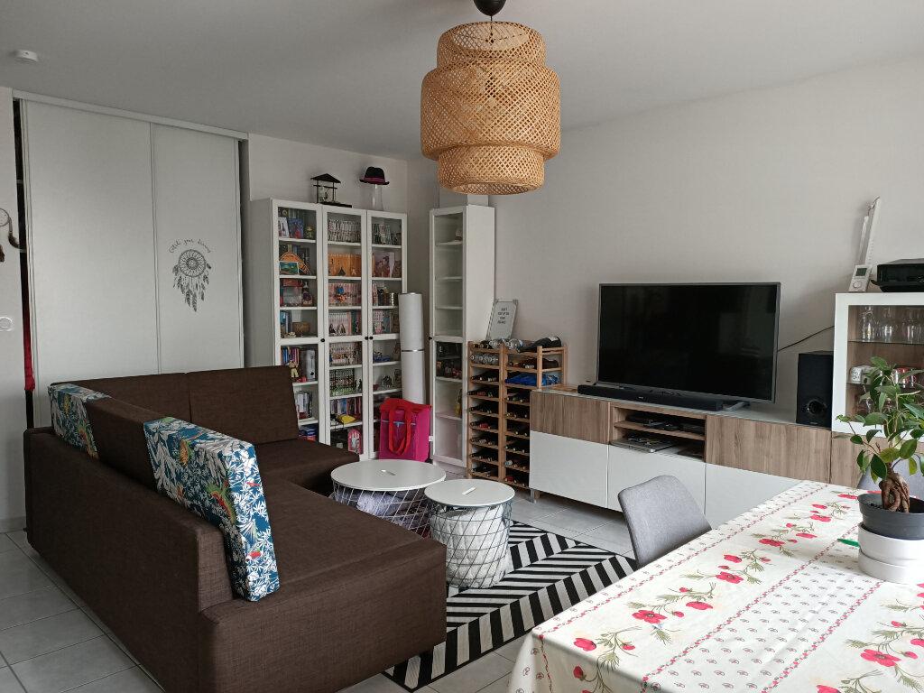 Appartement à louer 2 44.3m2 à Montlouis-sur-Loire vignette-2